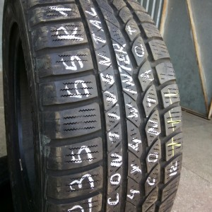 235-55 R17 Continental 4x4 Winter Contact (2)